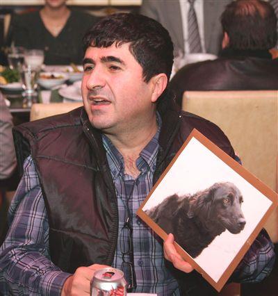 cahide basin mensuplariyla bir aray 4235181 o CAHİDEnin kurucusu Cengiz Bayram, Dalaman Belediyesine hayvan ambulansı bağışladı